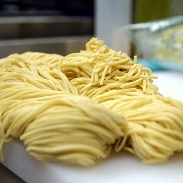 Japanese noodles: ramen, soba, udon, somen, hiyamugi, okinawa soba